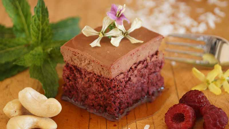 Raw Red Velvet Cake Recipe